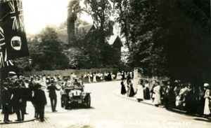 Sandy Lane Car demonstration  Radford Coventry 1907 photograph